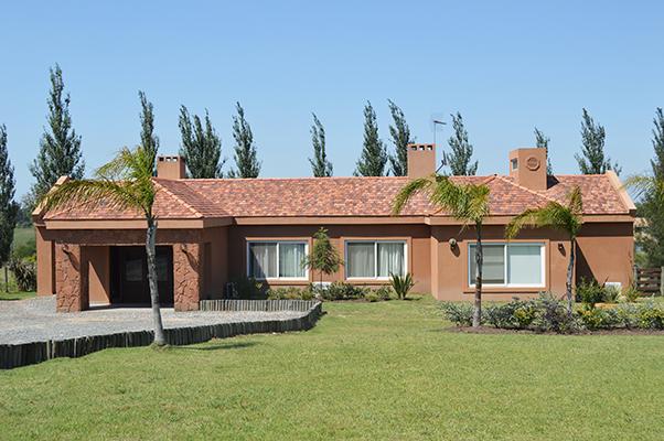 Casa de una planta en Lomas de la Tahona